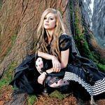 Lui Avril Lavigne i-a placut sa lucreze cu fostul sot la noul album