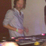 Thom Yorke face un DJ set surpriza intr-un club