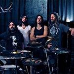 Solistul Alice In Chains produce debutul Monstro