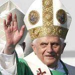 Papa Benedict al XVI-lea este fan Beatles, Michael Jackson si Oasis