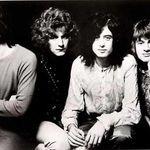 Un tricou Led Zeppelin a fost vandut pentru 10.000 de dolari