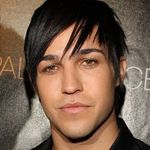 La Multi Ani, Pete Wentz (Fall Out Boy)!