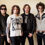 Filmari si interviu cu The Darkness la Download 2011