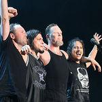 Metallica canta pentru corporatisti