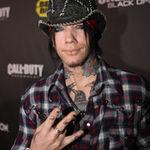 Guns N Roses ar putea lansa trei noi albume