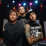 Blink-182 au lansat un videoclip nou: Up All Night