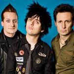 Green Day au compus o piesa pentru Amy Winehouse