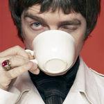 Chitaristul Oasis vrea sa fie sponsorizat de producatorii de lapte