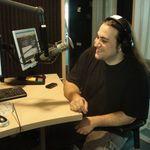 Cristian Hrubaru i-a cantat La multi ani! colegului Alin Dinca pe muzica Heavy Metal