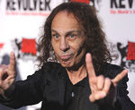 Autobiografia lui Ronnie James Dio va fi lansata in 2013