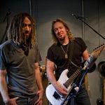 Chitaristul Iron Maiden are un nou proiect