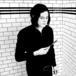 JACK WHITE a avut debutul solo la SNL (video)
