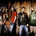 Korn inregistreaza doua albume noi