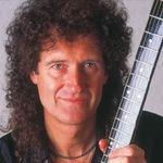 Un fan Queen a platit 11.000 de dolari pe o lectie de chitara