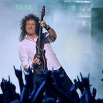 Chitaristul Queen se simte ca acasa la Hard Rock Cafe