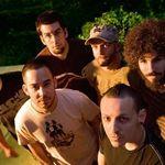 Solistul Linkin Park lanseaza un nou model de tenisi (foto)