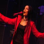 Tarja invita fanii sa filmeze concertul de la Bucuresti