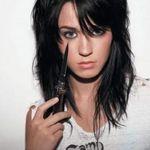 Chitaristul Queen o compara pe Katy Perry cu Freddie Mercury