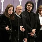 Black Sabbath au 15 piese compuse pentru noul album