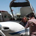 Motley Crue: Vince Neil ia lectii de zbor
