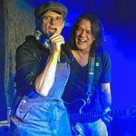 Van Halen: David Lee Roth se lupta cu sabii in Japonia