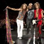 Aerosmith din nou pe scena alaturi de Run D.M.C. (video)