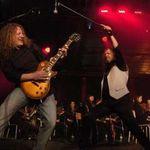 Chitaristul Voivod, concert simfonic cu piese Metallica (video)