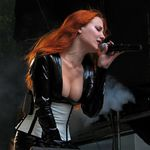 Cerere de casatorie la un concert Epica in Chile (video)