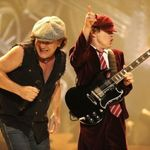 Asculta integral noul album AC/DC: Live At River Plate