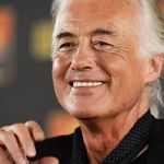 Jimmy Page planuieste un turneu solo in 2013