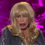 Steven Tyler a aparut la American Idol imbracat in travestit (video)