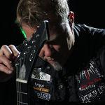Metallica si Vans lanseaza noi modele de incaltaminte