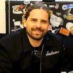 Chitaristul Sepultura, invitat la o emisiune pentru copii (video)