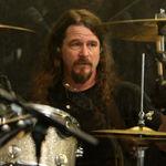 Paul Bostaph este noul tobosar Slayer. Dave Lombardo, concediat oficial