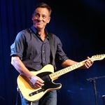 Bruce Springsteen lanseaza single-ul High Hopes