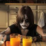 10 clipuri cu copii mai metal ca noi