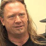 Basistul Adam Duce da in judecata formatia Machine Head