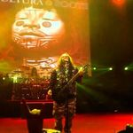 Max Cavalera si Suicide Silence au cantat impreuna Roots (video)