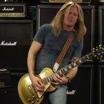 Chitaristul Doug Aldrich paraseste Whitesnake