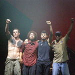 Rage Against The Machine + Led Zeppelin, suna incredibil de bine