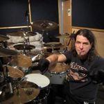 Bateristul Slayer se pregateste pentru inregistrarile de studio (video)