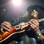 Top chitaristi care l-au influentat pe Slash