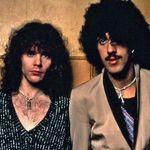 A lipsit foarte putin ca Piesa 'The Boys Are Back in Town' de la Thin Lizzy sa nu intre pe albumul din '76