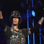 DJ Ashba de la Guns n' Roses aproape s-a luat la bataie la un concert latino