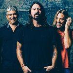 Foo Fighters alaturi de membrii Queen si Led Zeppelin pe scena - video