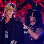 Slash si Duff McKagan au urcat pe aceeasi scena