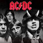 Dupa concertul AC/DC din Chicago, terenul celor de la Chicago Cubs a avut daune serioase