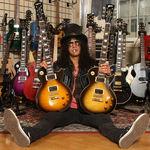 Slash lucreaza la un nou album Guns