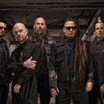 Five Finger Death Punch sunt in proces cu casa de discuri