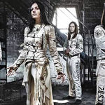 Lacuna Coil au lansat videoclipul piesei 'You Love Me 'Cause I Hate You'